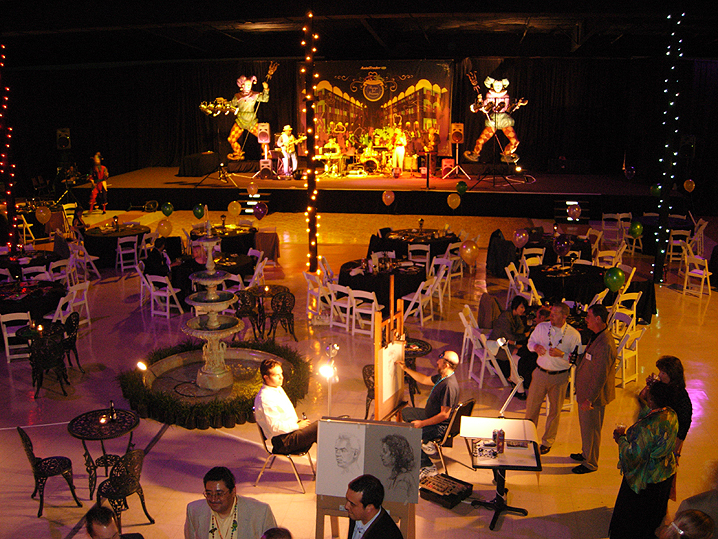 DALLAS TRADE SHOW , BOOTH SERVICES & DECORATING - WESTERN THEME- MARDI GRAS- ALL THEMES